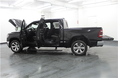 2019 Ram 1500 Crew Cab 4x4,  Pickup #553170 - photo 11