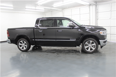 2019 Ram 1500 Crew Cab 4x4,  Pickup #553170 - photo 4