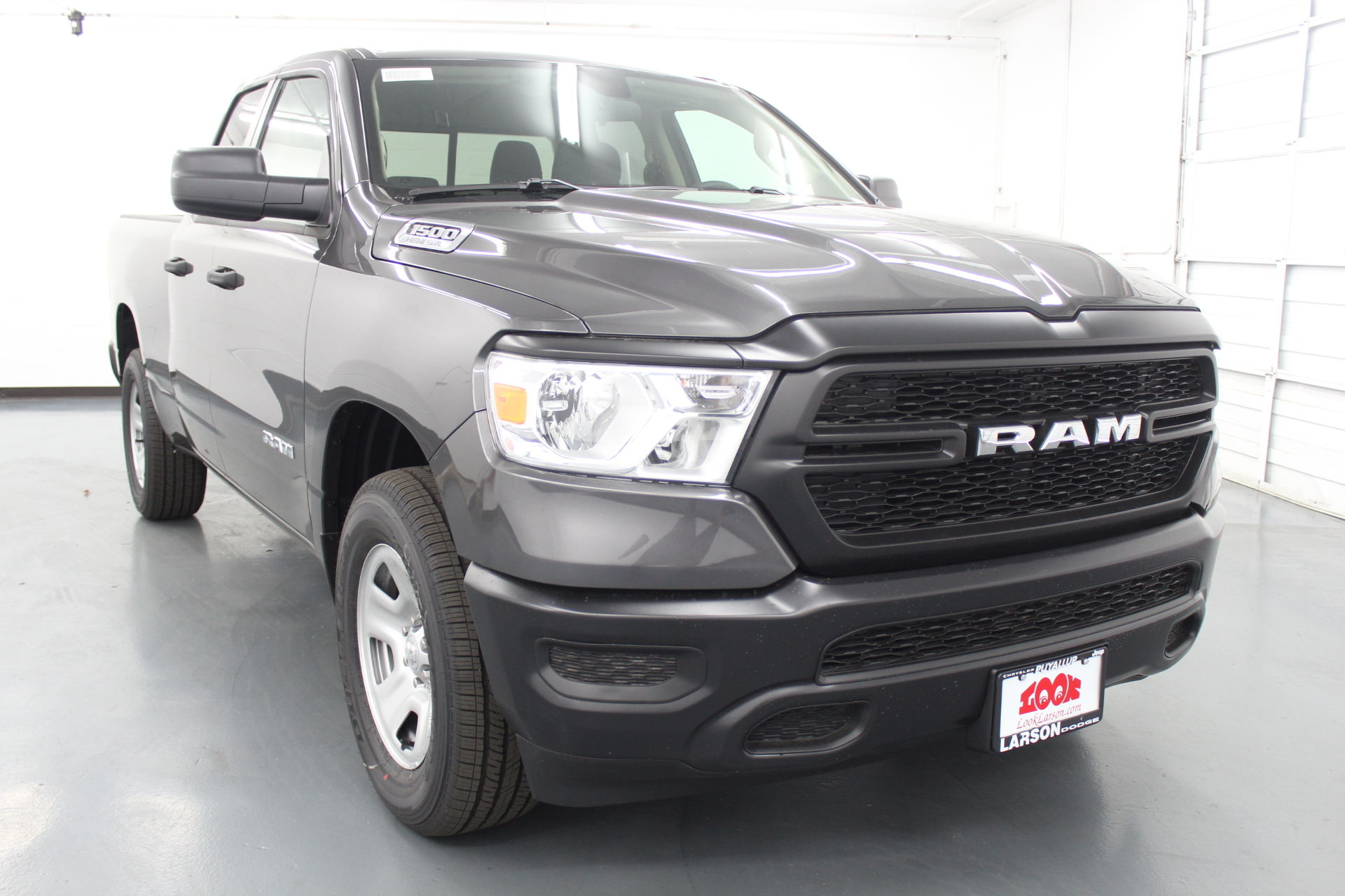 2019 Ram 1500 Quad Cab 4x4,  Pickup #556744 - photo 3