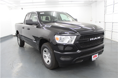2019 Ram 1500 Quad Cab 4x4,  Pickup #556745 - photo 3