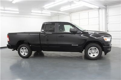 2019 Ram 1500 Quad Cab 4x4,  Pickup #556745 - photo 4