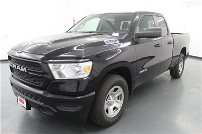 2019 Ram 1500 Quad Cab 4x4,  Pickup #556745 - photo 1