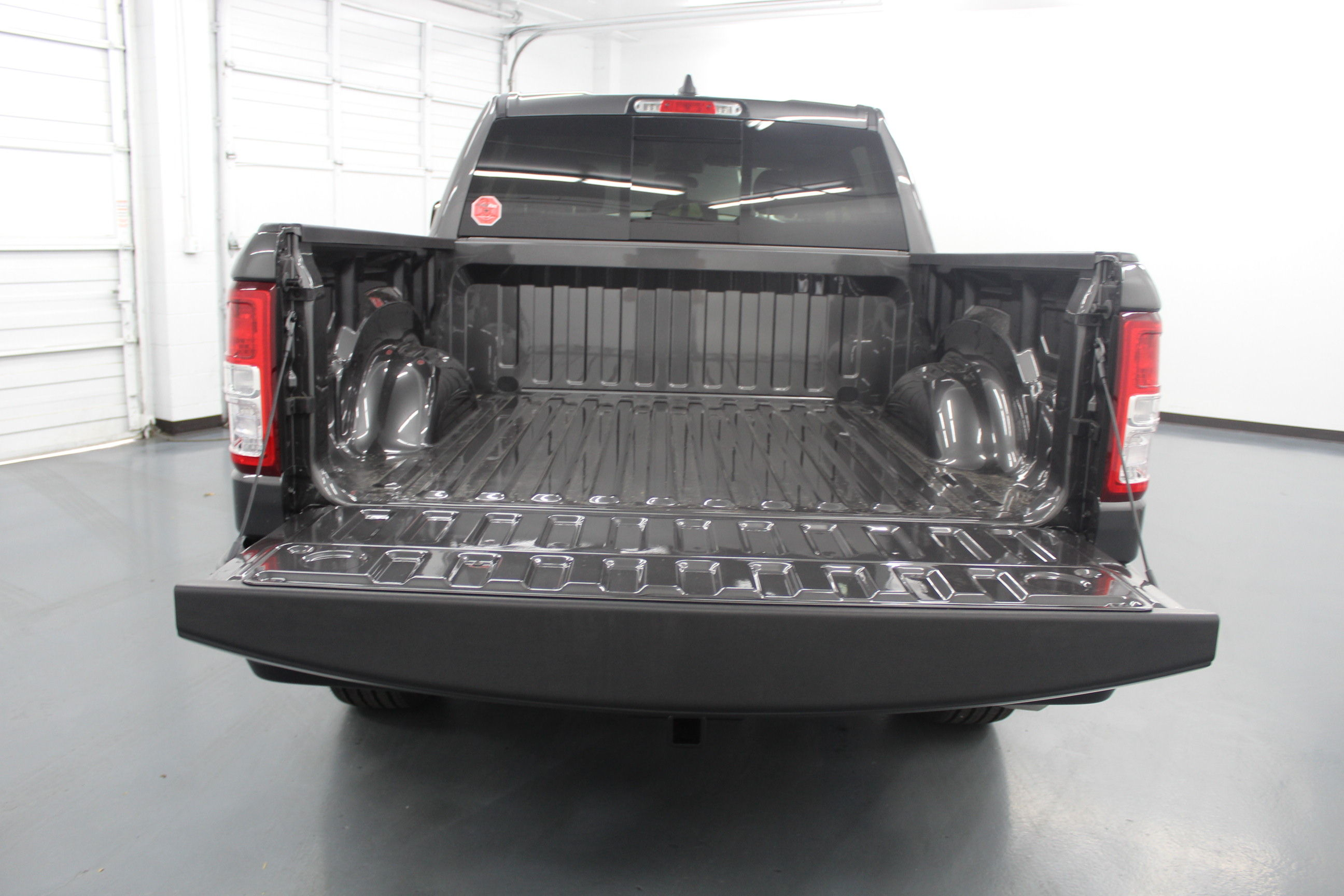 2019 Ram 1500 Crew Cab 4x4,  Pickup #561788 - photo 10