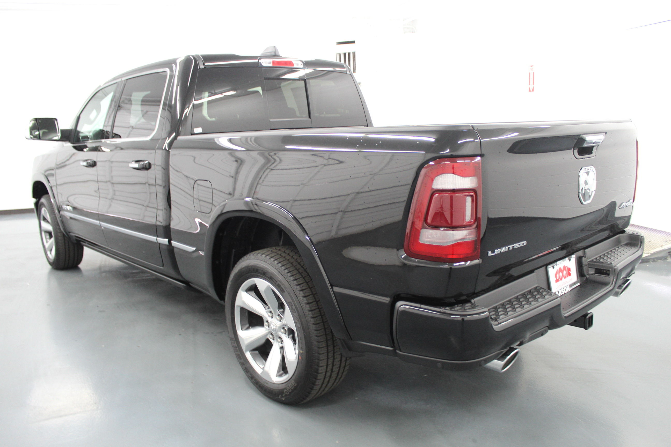 2019 Ram 1500 Crew Cab 4x4,  Pickup #566034 - photo 2