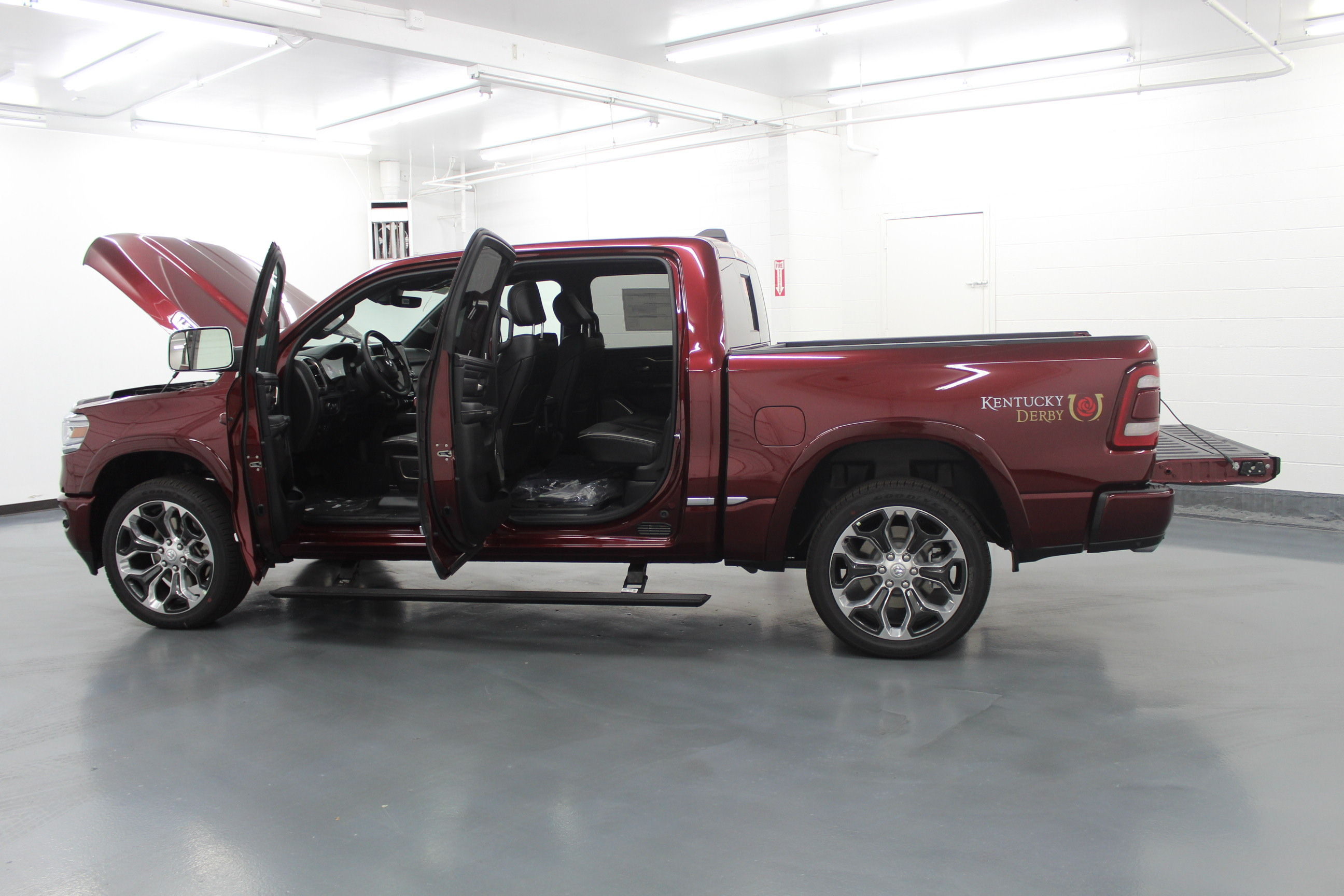 2019 Ram 1500 Crew Cab 4x4,  Pickup #572991 - photo 11