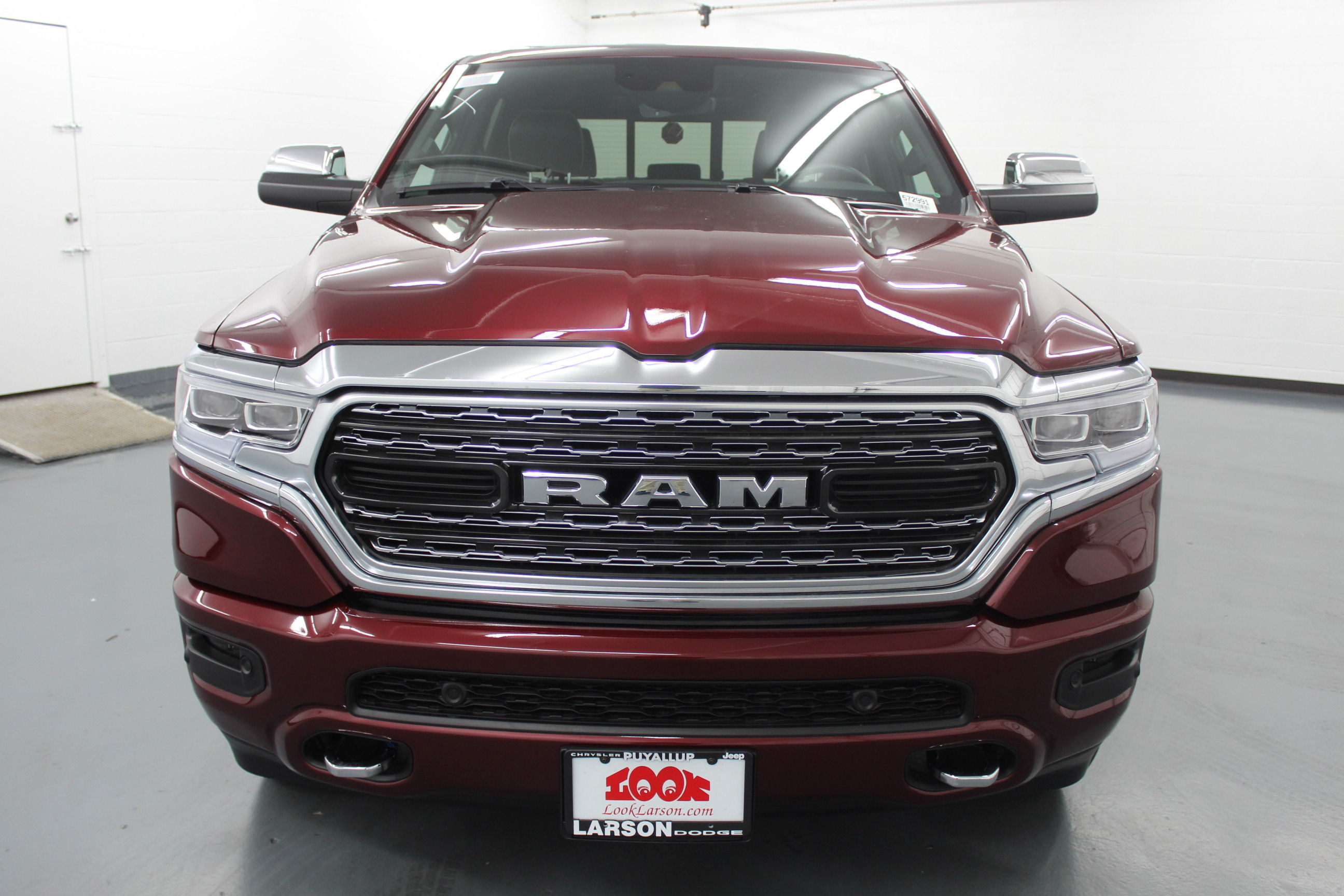 2019 Ram 1500 Crew Cab 4x4,  Pickup #572991 - photo 8
