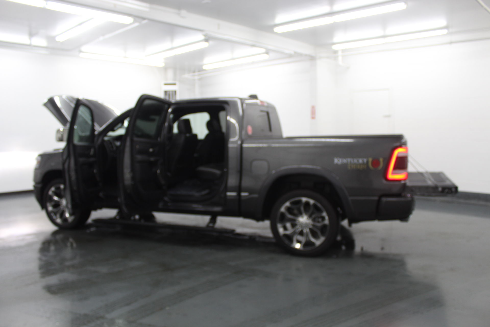 2019 Ram 1500 Crew Cab 4x4,  Pickup #572994 - photo 11