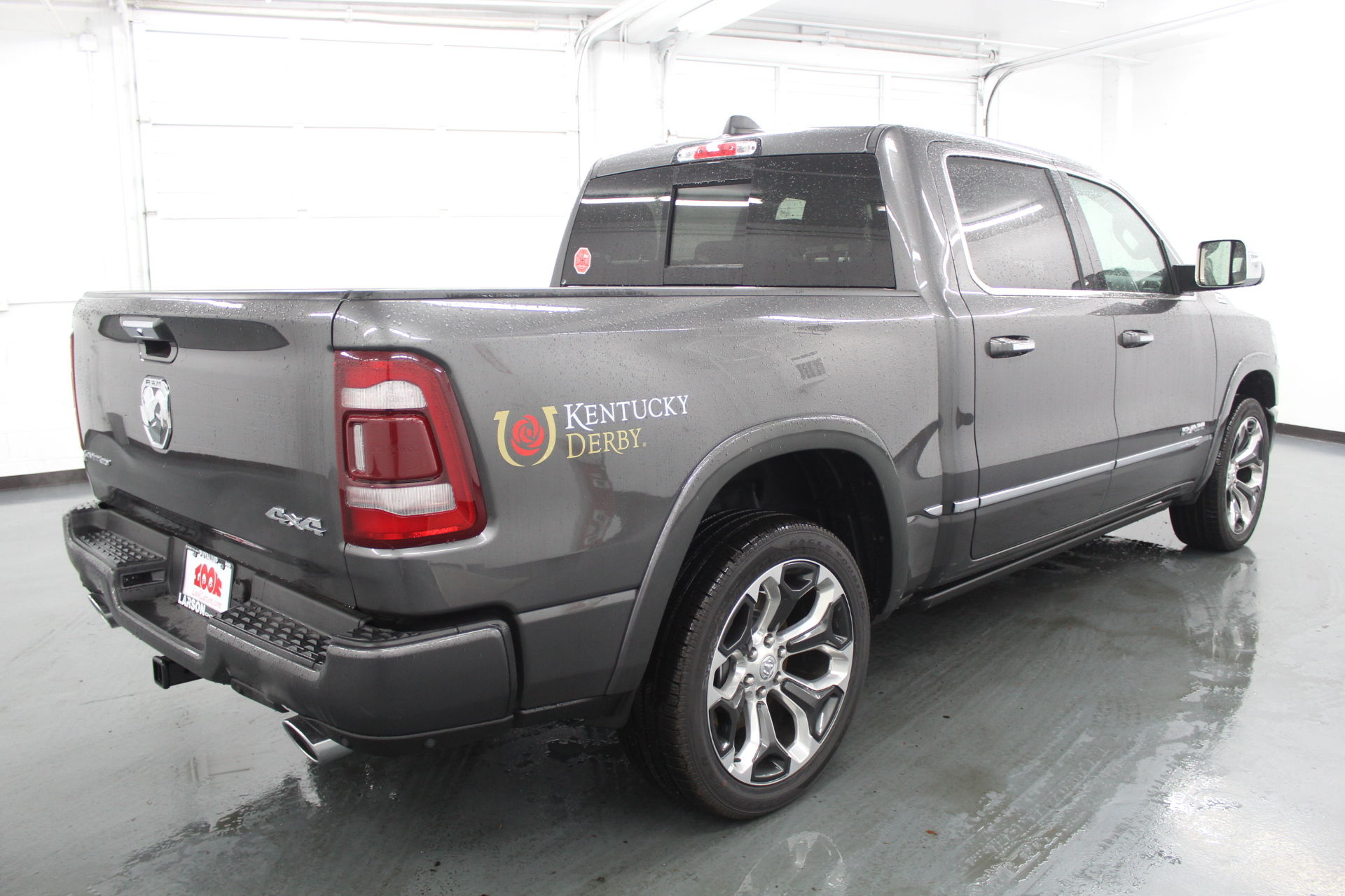 2019 Ram 1500 Crew Cab 4x4,  Pickup #572994 - photo 5