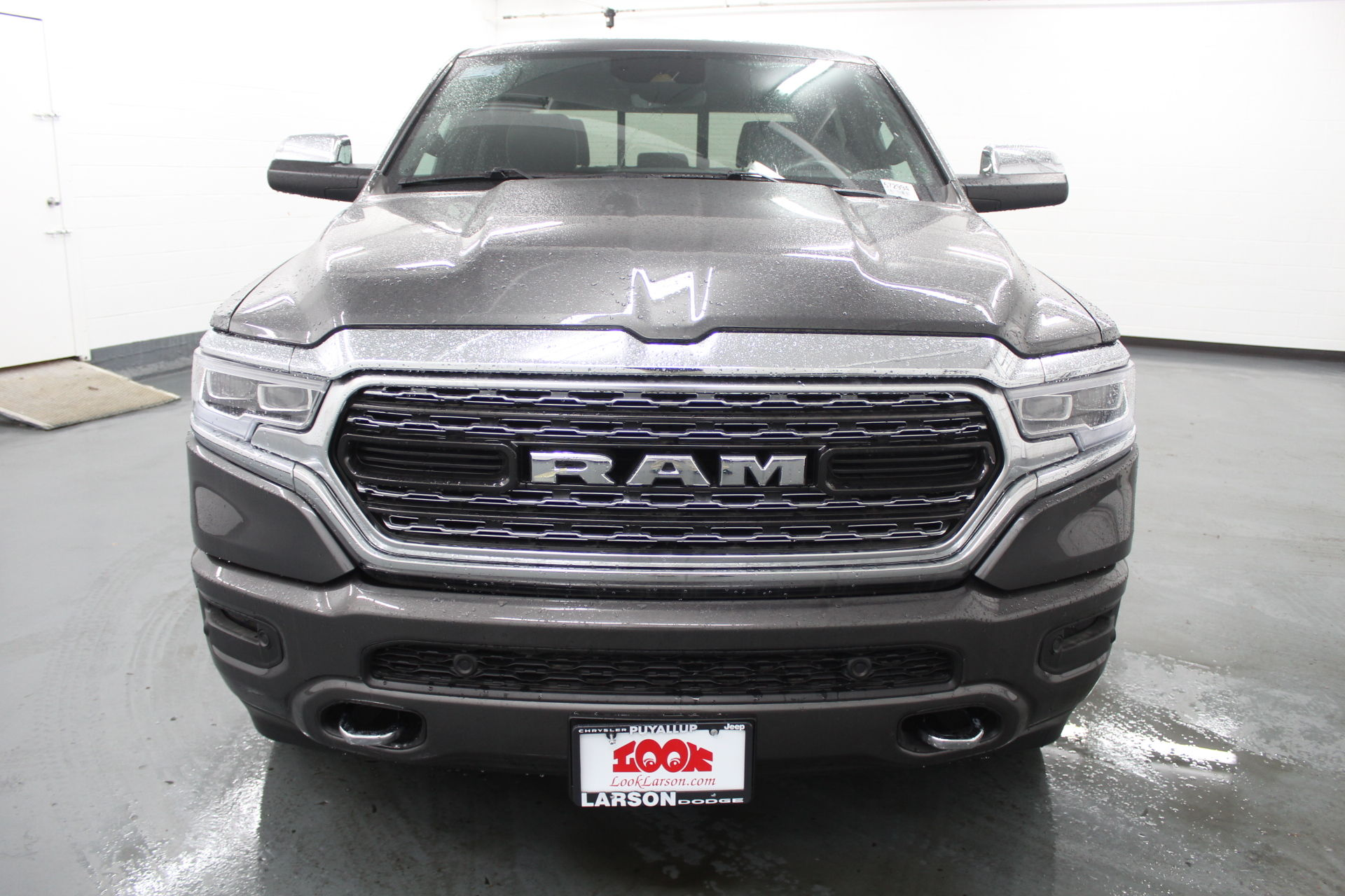 2019 Ram 1500 Crew Cab 4x4,  Pickup #572994 - photo 8