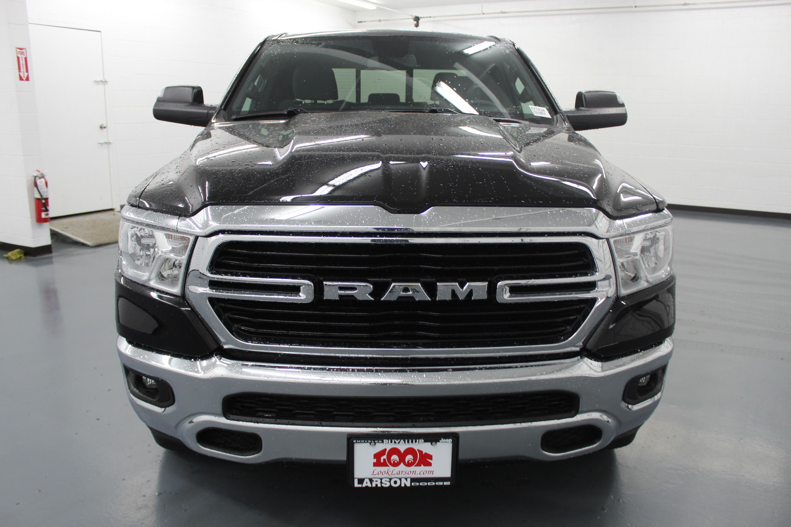 2019 Ram 1500 Quad Cab 4x4,  Pickup #577434 - photo 8