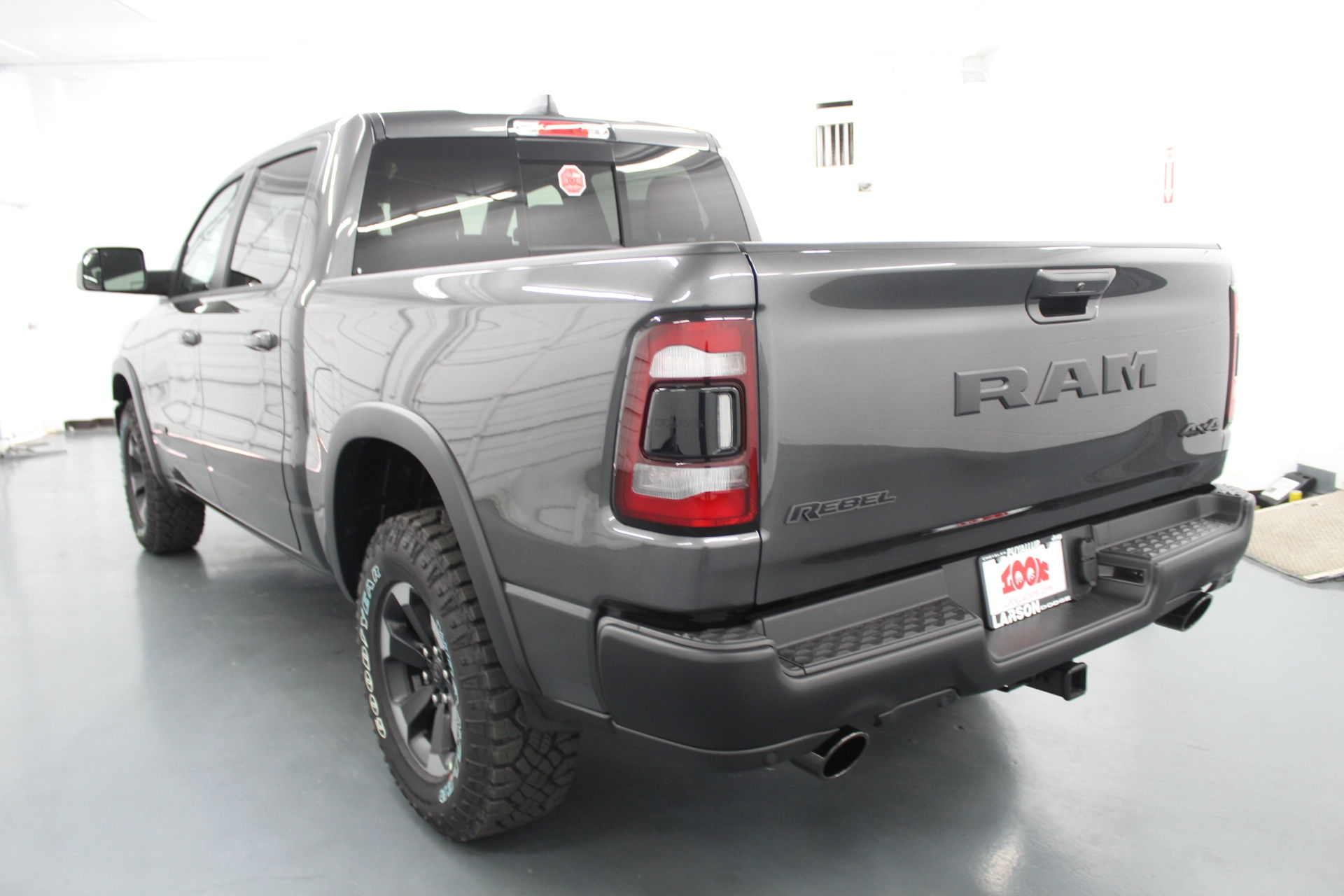 2019 Ram 1500 Crew Cab 4x4,  Pickup #586888 - photo 2