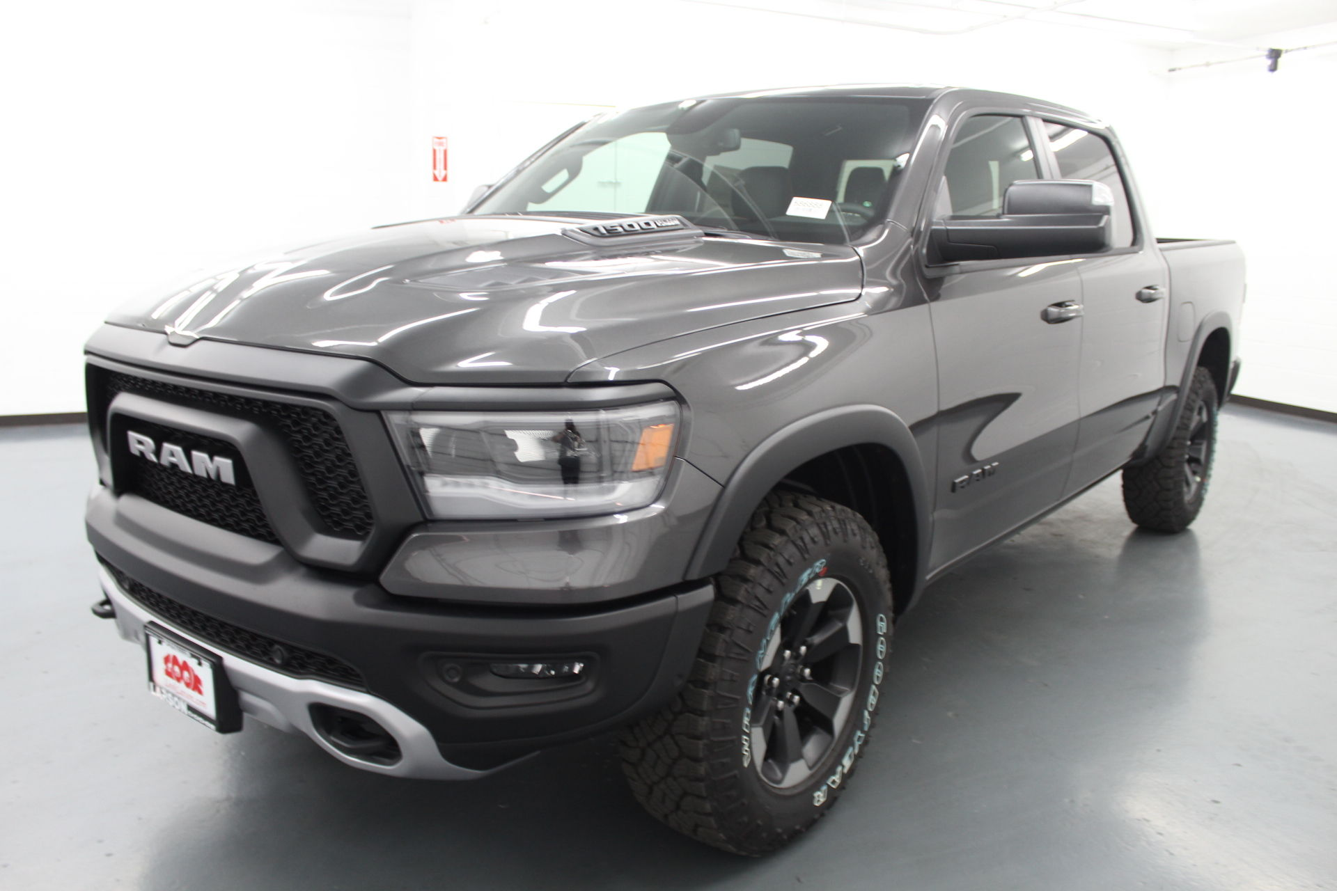 2019 Ram 1500 Crew Cab 4x4,  Pickup #586888 - photo 1