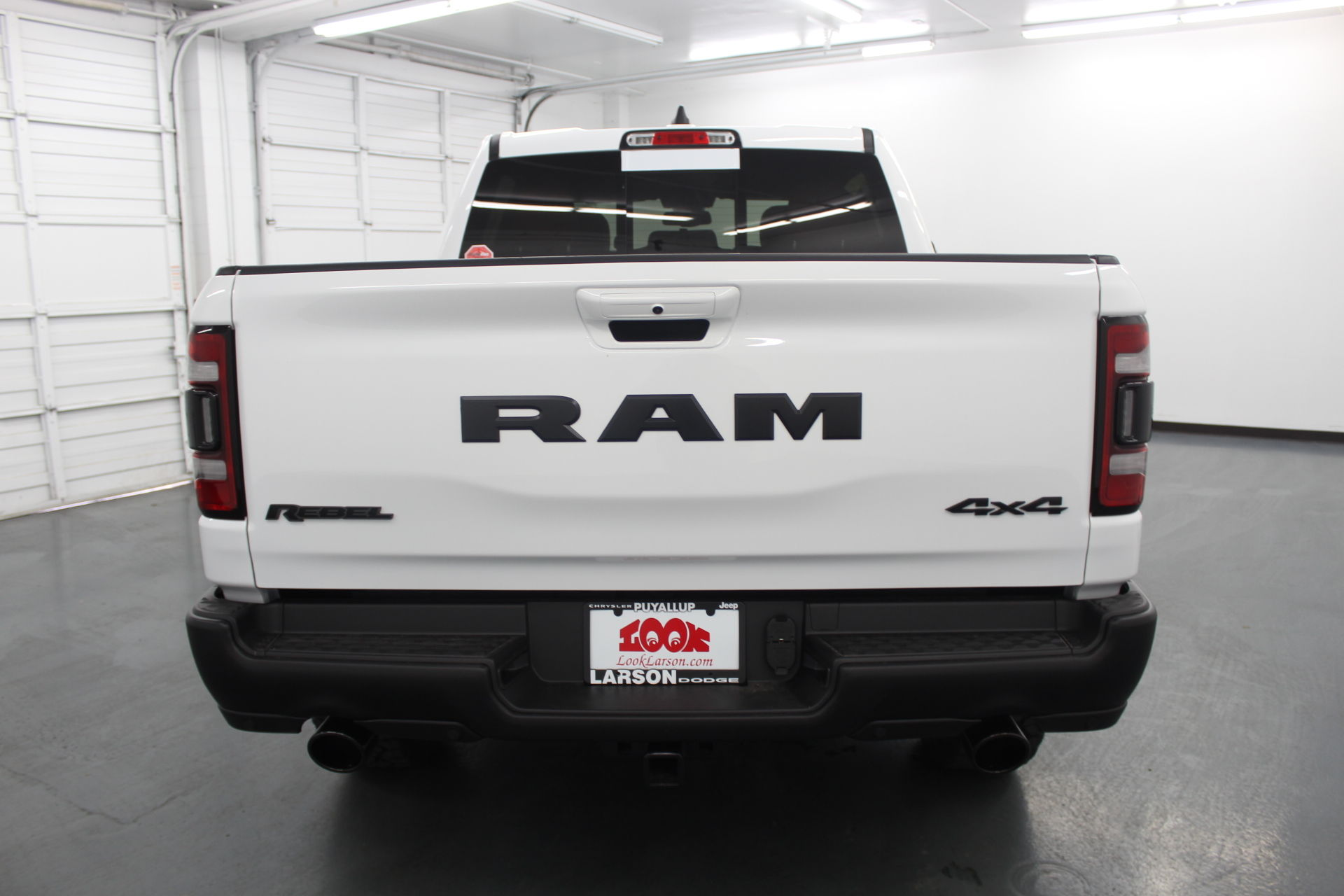 2019 Ram 1500 Crew Cab 4x4,  Pickup #592610 - photo 6