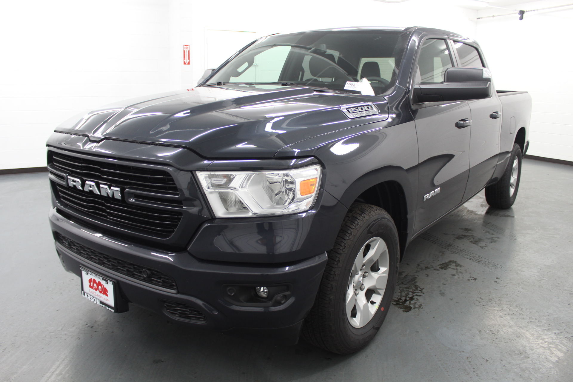 2019 Ram 1500 Crew Cab 4x4,  Pickup #599377 - photo 1