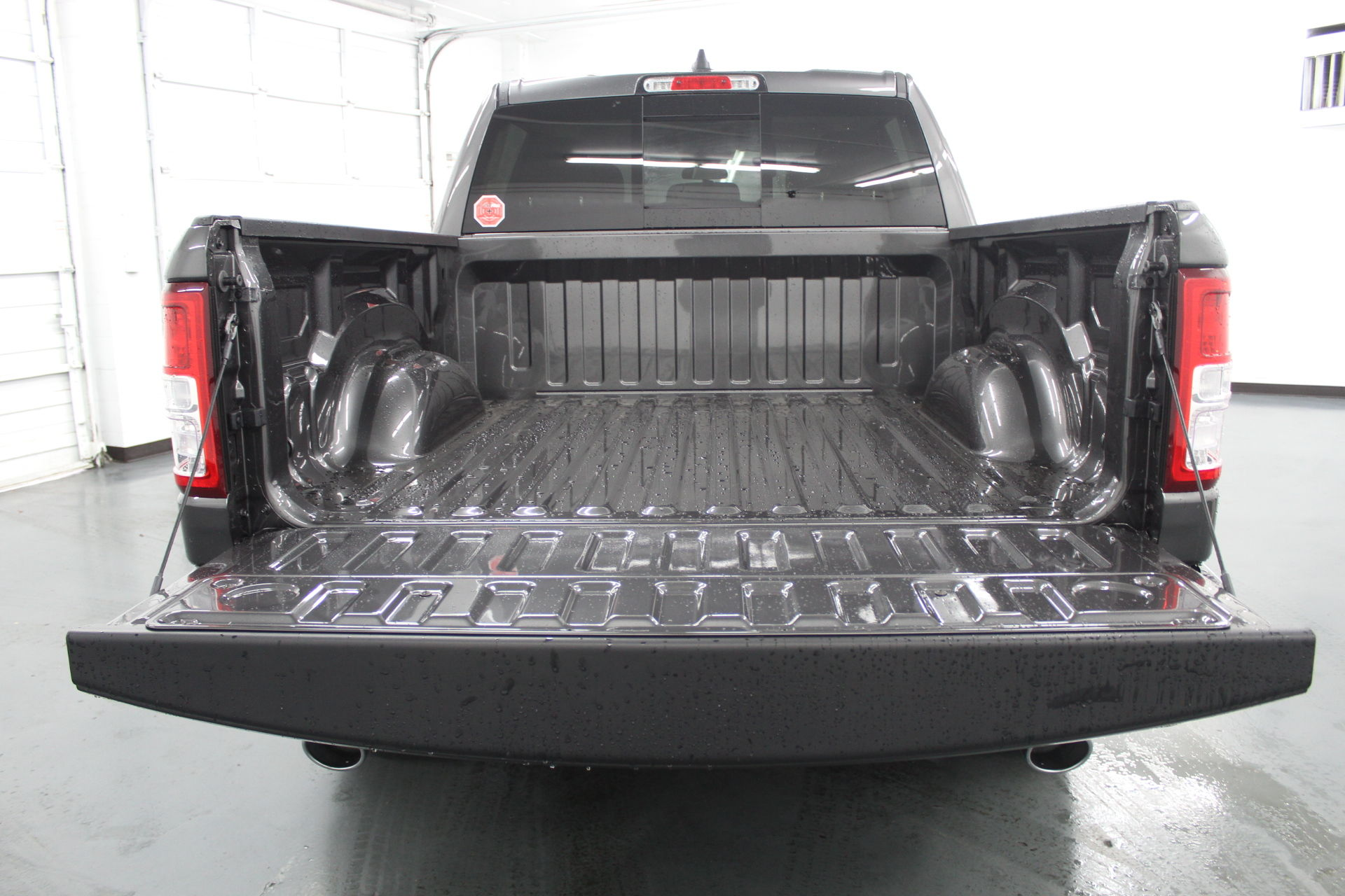 2019 Ram 1500 Crew Cab 4x4,  Pickup #715105 - photo 10