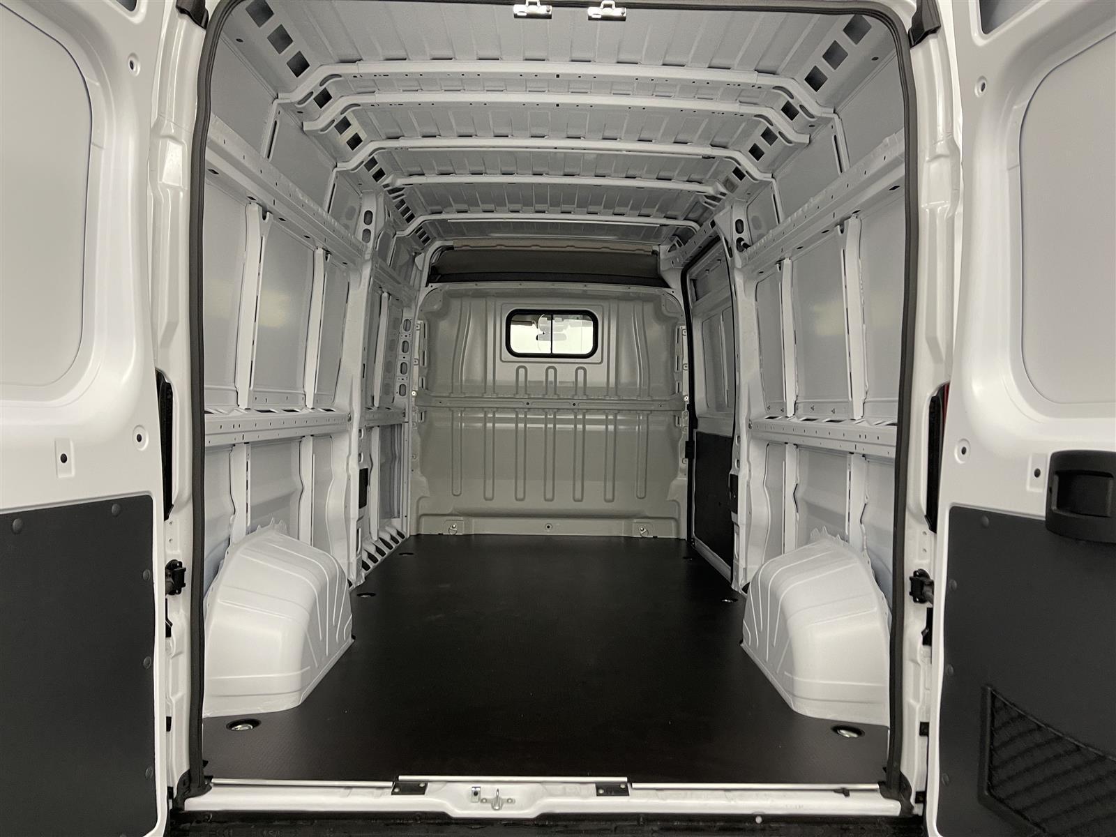 2021 Ram ProMaster 3500 FWD, Empty Cargo Van #ME519547 - photo 1