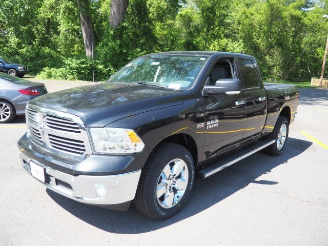 2018 Ram 1500 Quad Cab 4x4,  Pickup #18C1026 - photo 3
