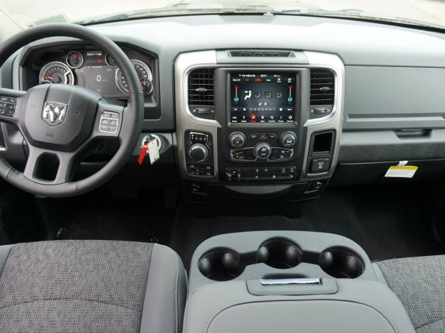 2018 Ram 1500 Crew Cab 4x4,  Pickup #18C1138 - photo 11