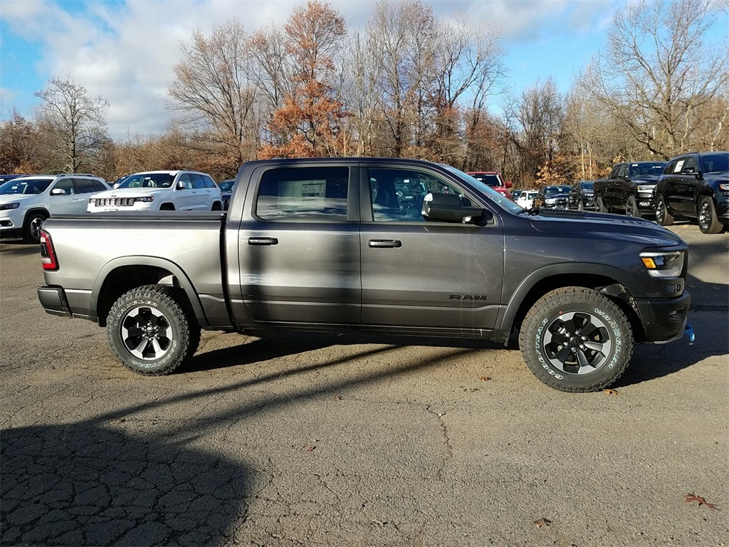 2019 Ram 1500 Crew Cab 4x4,  Pickup #19C0238 - photo 3