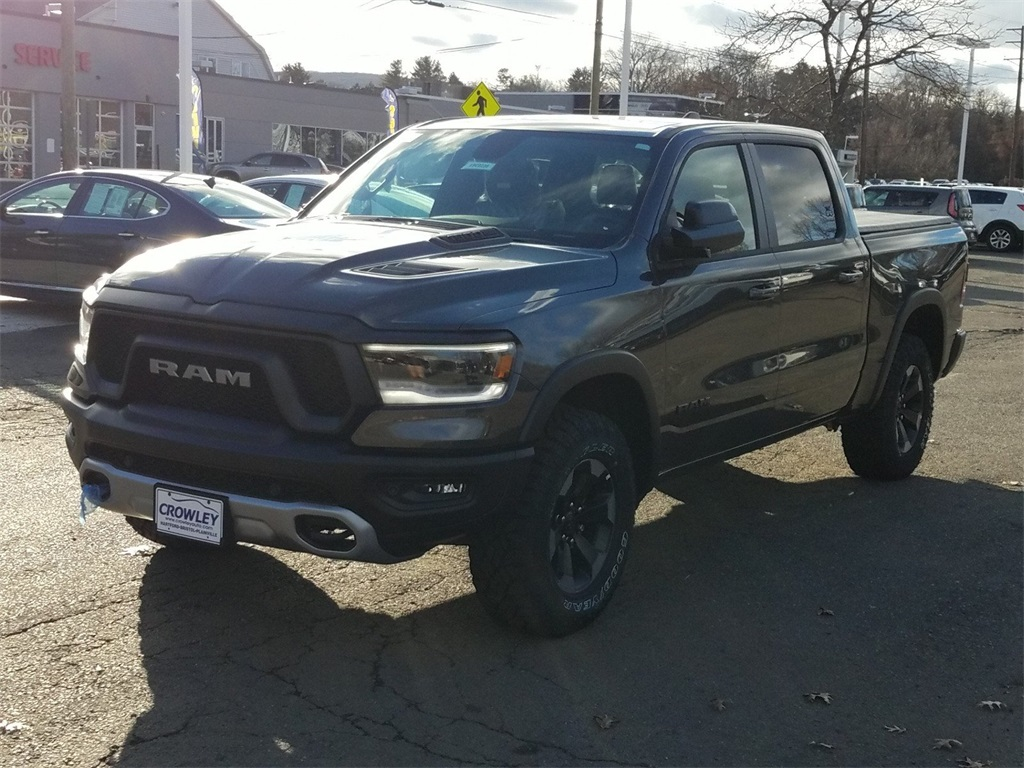 2019 Ram 1500 Crew Cab 4x4,  Pickup #19C0238 - photo 5