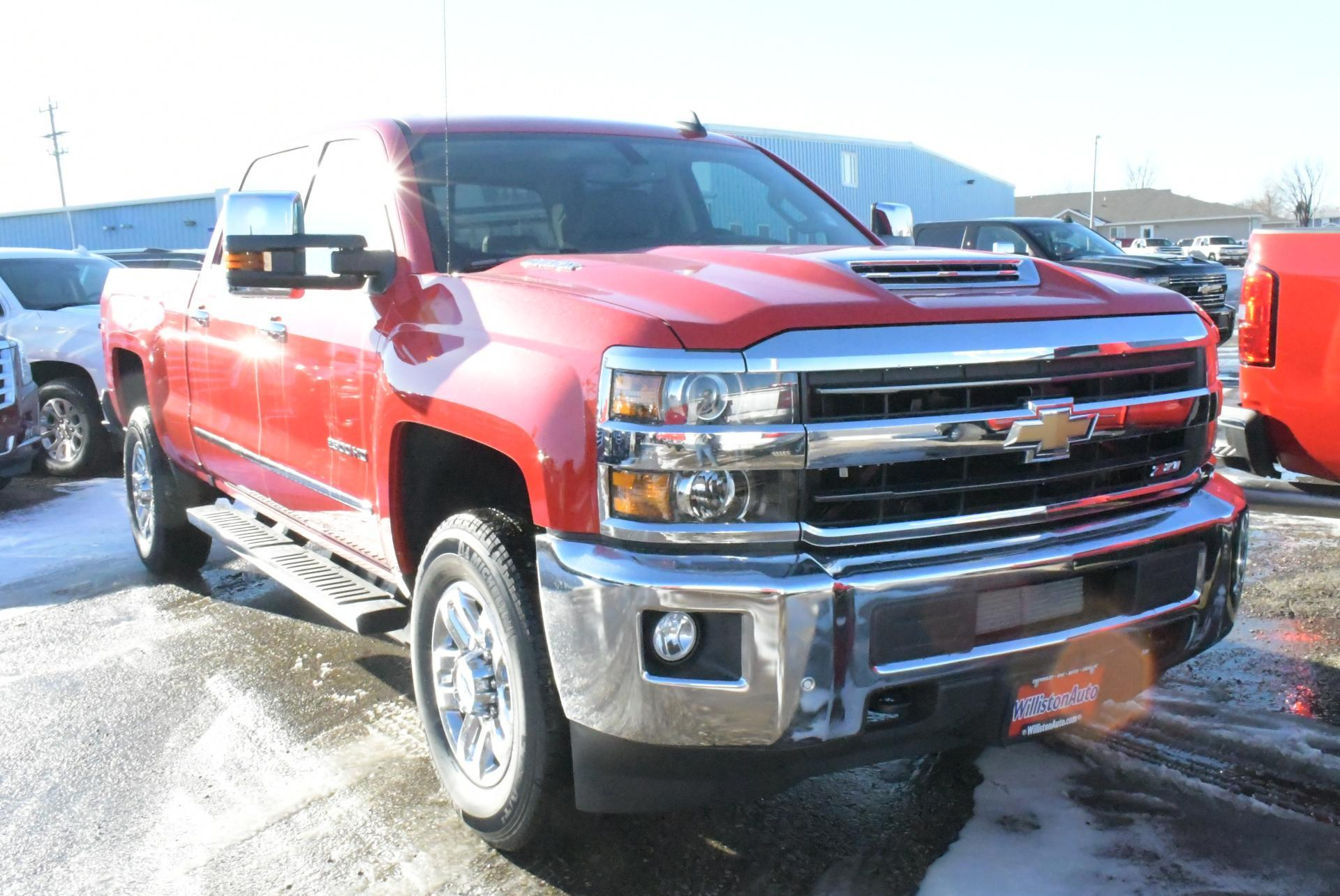 2019 Silverado 2500 Crew Cab 4x4,  Pickup #C9490 - photo 4
