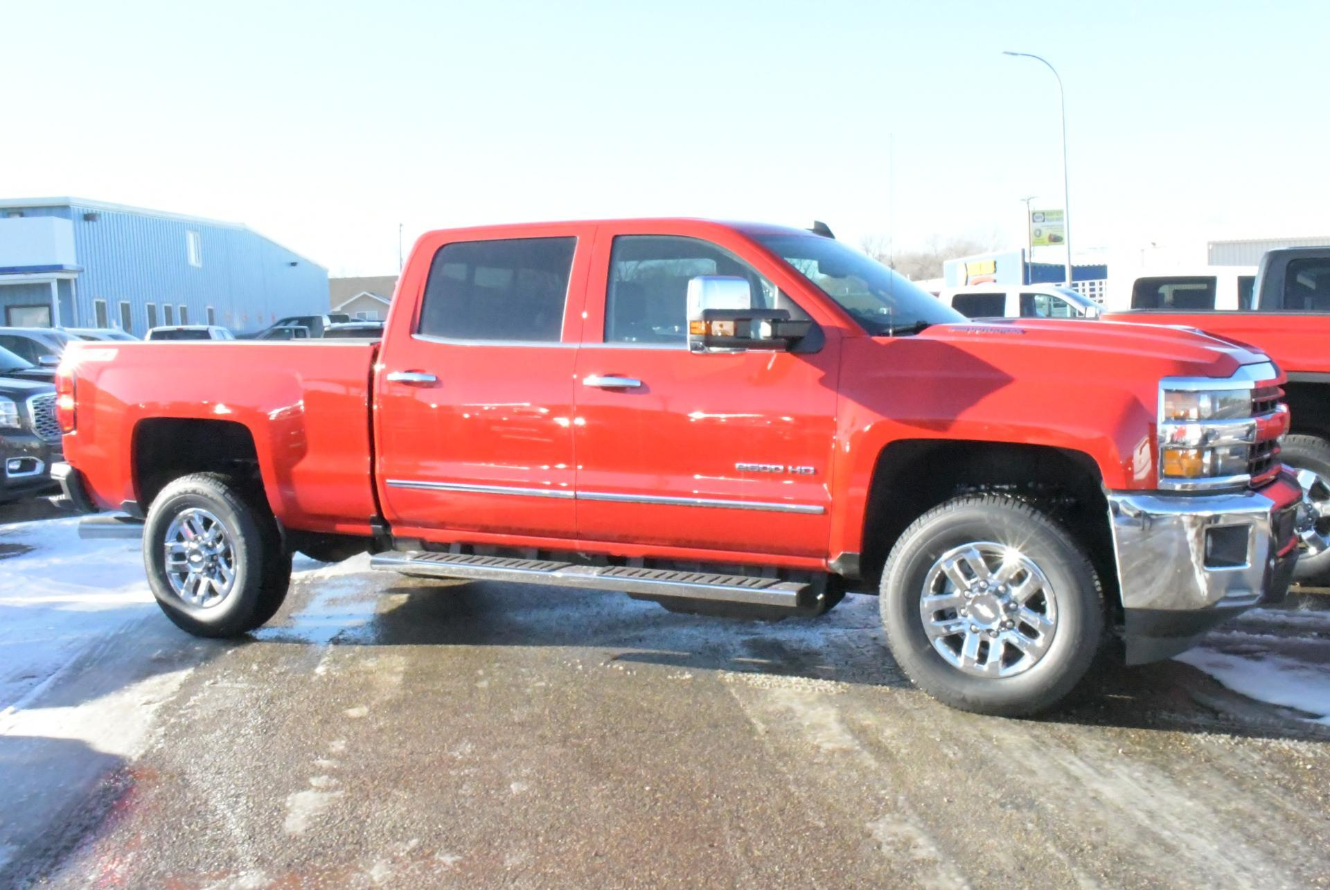 2019 Silverado 2500 Crew Cab 4x4,  Pickup #C9490 - photo 5