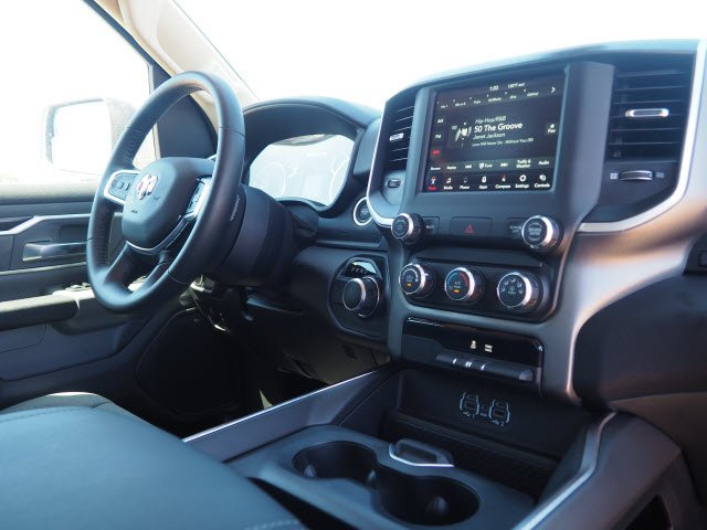 2020 Ram 1500 Crew Cab 4x2,  Pickup #D01090 - photo 8