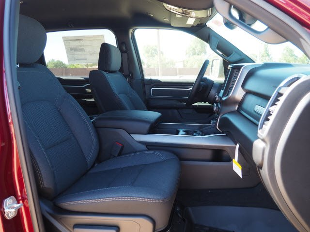 2020 Ram 1500 Crew Cab 4x2, Pickup #D01130 - photo 7