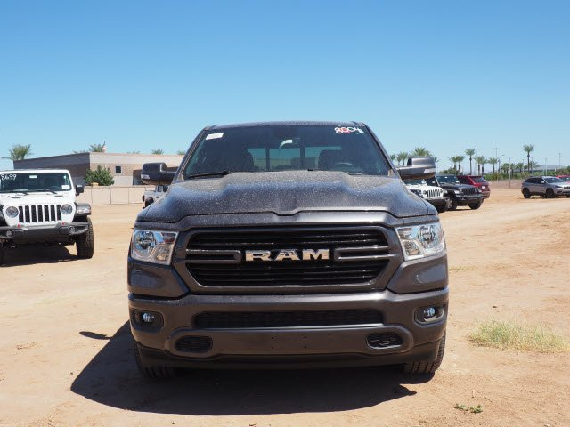 2020 Ram 1500 Crew Cab 4x2, Pickup #D01131 - photo 3