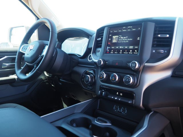 2020 Ram 1500 Crew Cab 4x4,  Pickup #D01172 - photo 8