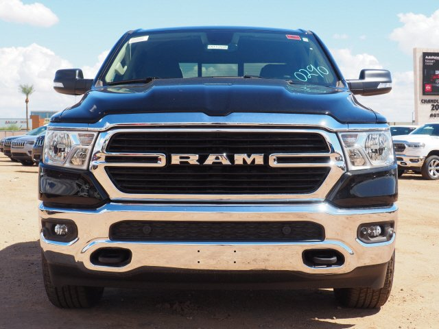 2020 Ram 1500 Crew Cab 4x4, Pickup #D01208 - photo 3