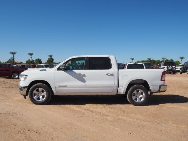 2020 Ram 1500 Crew Cab 4x2, Pickup #D01340 - photo 4