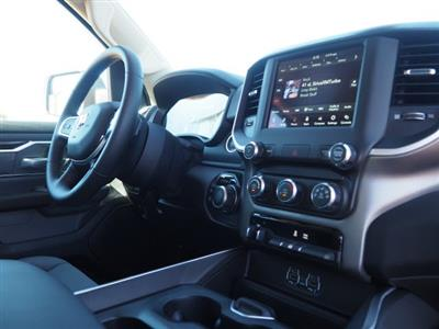 2020 Ram 1500 Crew Cab 4x4, Pickup #D01355 - photo 8