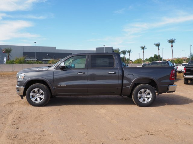 2020 Ram 1500 Crew Cab 4x4, Pickup #D01492 - photo 4