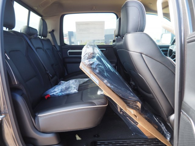 2020 Ram 1500 Crew Cab 4x4, Pickup #D01492 - photo 9