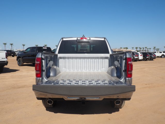 2020 Ram 1500 Crew Cab 4x4, Pickup #D01556 - photo 6