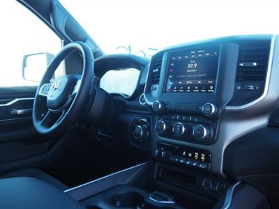 2020 Ram 1500 Crew Cab 4x4, Pickup #D01833 - photo 8
