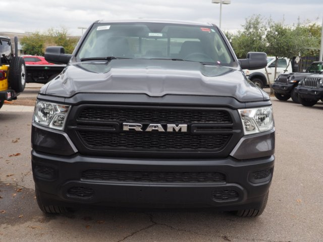 2019 Ram 1500 Quad Cab 4x4,  Pickup #D91367 - photo 3