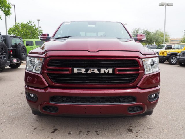 2019 Ram 1500 Crew Cab 4x2,  Pickup #D91816 - photo 3