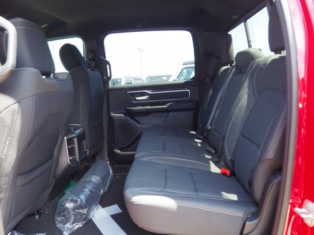 2019 Ram 1500 Crew Cab 4x2,  Pickup #D92112 - photo 7