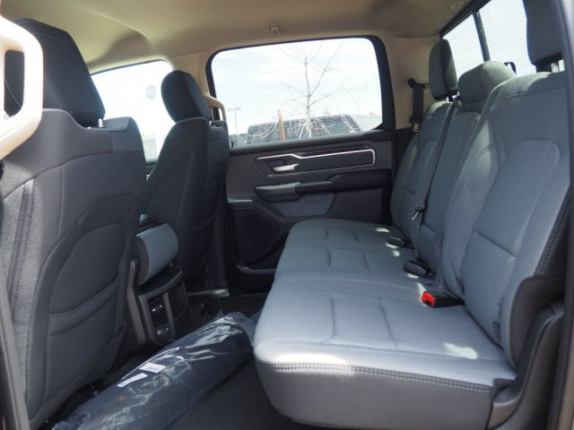 2019 Ram 1500 Crew Cab 4x2,  Pickup #D92258 - photo 7