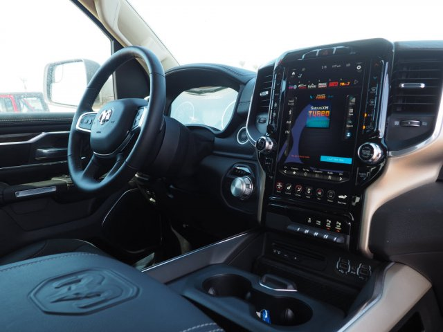 2019 Ram 1500 Crew Cab 4x2,  Pickup #D92984 - photo 8