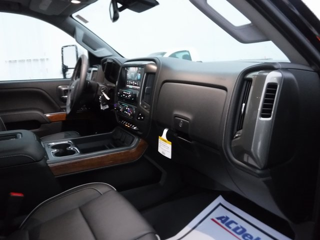2018 Silverado 2500 Crew Cab 4x4,  Pickup #D4345 - photo 26