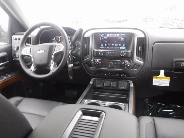 2018 Silverado 1500 Crew Cab 4x4,  Pickup #D4500 - photo 36