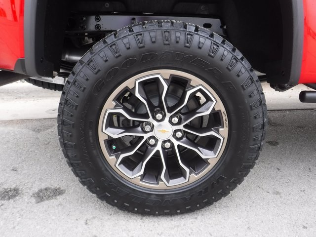 2018 Colorado Crew Cab 4x4,  Pickup #D4575 - photo 11