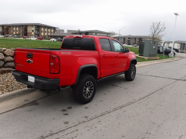 2018 Colorado Crew Cab 4x4,  Pickup #D4575 - photo 2