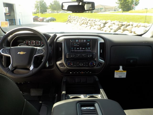 2018 Silverado 2500 Crew Cab 4x4,  Pickup #D4730 - photo 21
