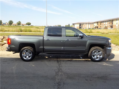 2018 Silverado 1500 Crew Cab 4x4,  Pickup #D4810 - photo 4