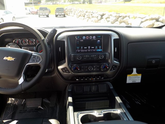 2019 Silverado 2500 Crew Cab 4x4,  Pickup #D4870 - photo 23