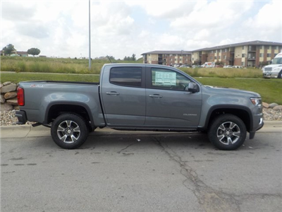 2018 Colorado Crew Cab 4x4,  Pickup #D4908 - photo 3